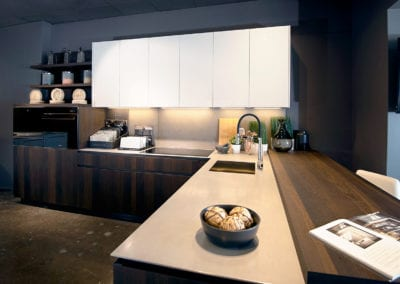 Cesar Maxima 2.2 Stainless steel benchtop and raised timber veneer breakfast bar